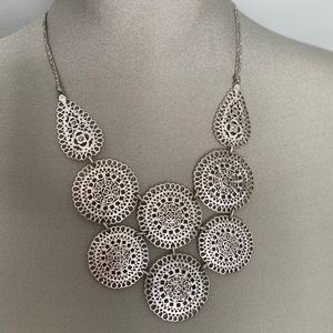 Stunning Stella and Silver statement necklace
